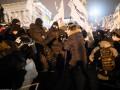 На Майдане снова стычки: Полиция пыталась убрать палатки