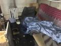 В Киеве мужчина разжег костер посреди квартиры