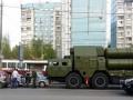 В Москве зенитно-ракетный комплекс врезался в авто полиции
