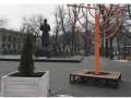 В Киеве на ханукальном светильнике нарисовали свастику