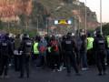 Протестующие перекрывают дороги в Каталонии