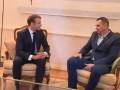 Сенцов встретился с президентом Франции