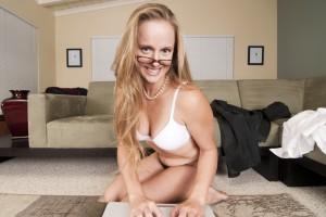 Виртуальный секс очень сближает