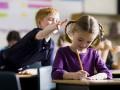Надбавки для учителей и наказание за списывание: Новый закон о школе