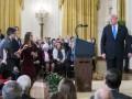 Журналиста CNN лишили допуска в Белый дом после скандала с Трампом
