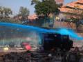 Стрелы против водометов. Столкновения в Гонконге