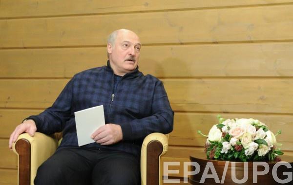 Шмыгаль поручил изучить вопрос введения санкций против Беларуси
