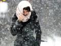 В Одессе девушка лизнула остановку и примерзла - СМИ