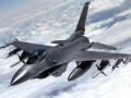 В США при посадке разбился истребитель F-16