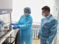 Зеленский готов испытать не себе отечественную вакцину от COVID