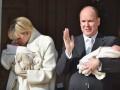 Принц и княгиня Монако впервые представили своих детей-близнецов