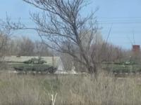 Reuters снял десятки танков в РФ возле украинской границы