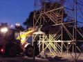 В Киеве демонтировали троллей через Днепр