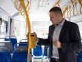 Кличко открыл отремонтированную остановку скоростного трамвая
