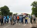 Под Киевом местные жители блокируют дороги из-за вонючего завода