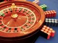 Неизвестные в масках разгромили подпольное казино на Троещине