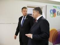 Порошенко пообещал президенту Румынии изменить закон об образовании
