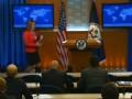 Пресс-секретарь Госдепа США Псаки пришла на брифинг в одном сапоге