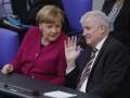 Глава МВД Германии договорился с Меркель