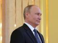 Путин поздравил с Днем Победы украинцев