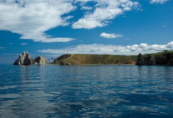 Болид упал в акватории Байкала на расстоянии километра от берега