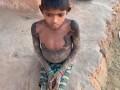 В Индии ребенок