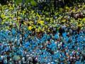 Выпускники-патриоты: флаги, вышиванки и тяжелый рок (фото, видео)