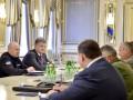 Порошенко поручил привести в боеготовность все подразделения возле Крыма