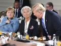 Трамп на саммите G7 бросил в сторону Меркель конфеты