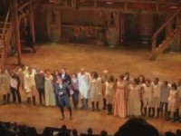 Избранного вице-президента США освистали на Бродвее