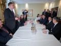 Зеленский на встрече с сенаторами: Я чувствую положительное отношение США