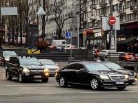 Кучма пересел на новый Mercedes за полмиллиона долларов - СМИ