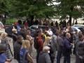 Митинг с танцами и песнями: В Черновцах требовали открыть рестораны