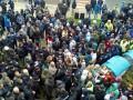 В Тернополе свободовцы устроили стычки с депутатами