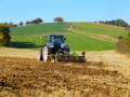 Подавляющее большинство украинцев против продажи земли - опрос