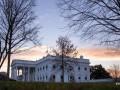 В США перекрывали Белый дом и эвакуировали Конгресс