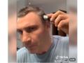 Парикмахер Кличко: Мэр Киева показал, как сам себя подстриг