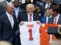 Между Трампом и американскими футболистами вспыхнул конфликт