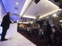 Порошенко: Фейки - часть агрессии РФ против всего мира