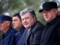 Армия сегодня получит 200 единиц техники и оружия - Порошенко