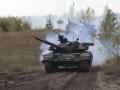 Мощный обстрел возле Крымского: боевики подтягивают танки и бронетехнику