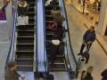 В торговом центре Киева на краже поймали двух иностранок
