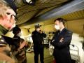 COVID-19: во Франции объявили военную операцию