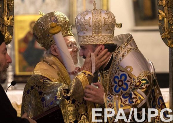 После получения Томоса Епифаний проводит первую литургию в Украине