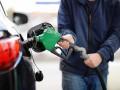 Антимонопольный комитет заявляет, что следит за ценами на бензин