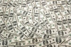 Валютные депозиты дешевеют, гривневые - дорожают