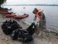 Активисты выловили из Днепра 118 кг мусора