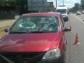 С Берестейского моста на авто упал кусок бетона: травмирован пассажир