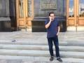 Голодающий депутат Березюк решил ночевать под АП