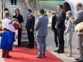 Зеленский прибыл с визитом в Канаду
